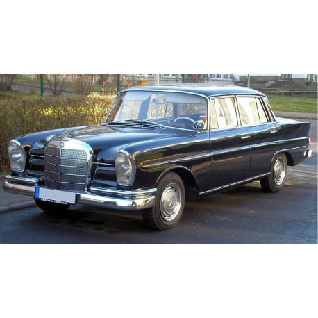 Mercedes W111 - zestaw przewodów hamulcowych oraz paliwowych